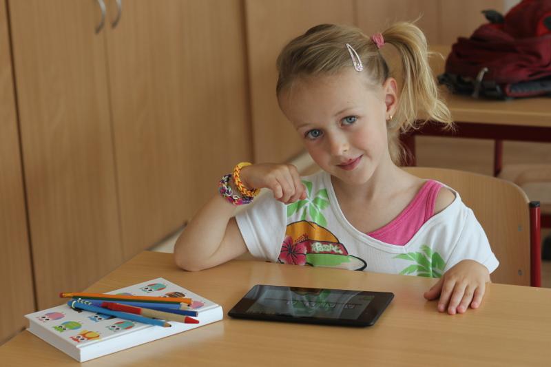 """Aplikace """"Tam a sem s myšákem"""" rozvíjí matematické kompetence u předškoláků"""